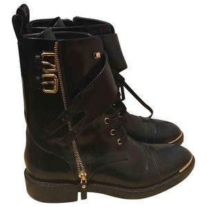 7dd64f8fd65e Louis Vuitton Combat   Moto Boots for Women